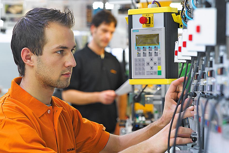 Электроприводы Gruner на испытательном стенде